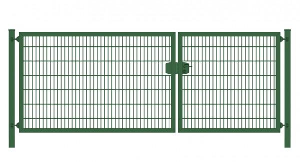Einfahrtstor Premium Plus 6/5/6 (2-flügelig) asymmetrisch; Moosgrün RAL 6005 Doppelstabmatte; Breite 400 cm x Höhe 140 cm